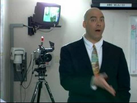 Body Language for TV News Reporter