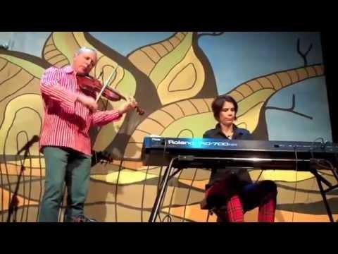 Chris Duncan & Catherine Strutt: National Folk Festival 2014