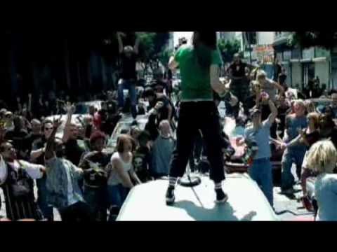 Baixar Avril Lavigne - Sk8er Boi - Video