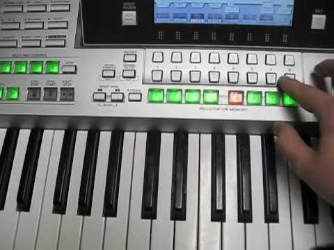 Teclado Yamaha con samples de banda sinaloense, norteno, mariachi ect.