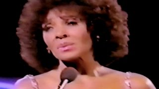 Shirley Bassey - We Don't Cry Out Loud / All By Myself (1982 Live)
