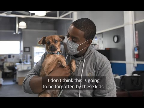 Kenan Thompson and Banfield Pet Hospital Surprise Boys and Girls Club