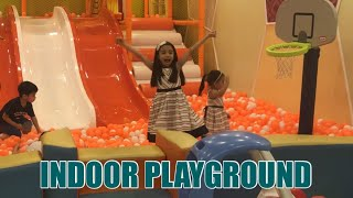 INDOOR PLAYGROUND | HAVING FUN AT AMBIKA KIDZ FUN BOX | Sophie & Andi's World