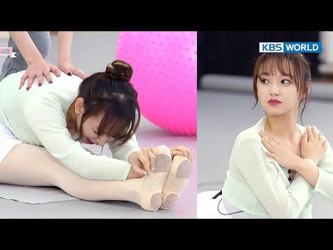 Cosmic Girls' Cheng Xiao boasts her superior flexibility! [The Swan Club /2017.12.20]