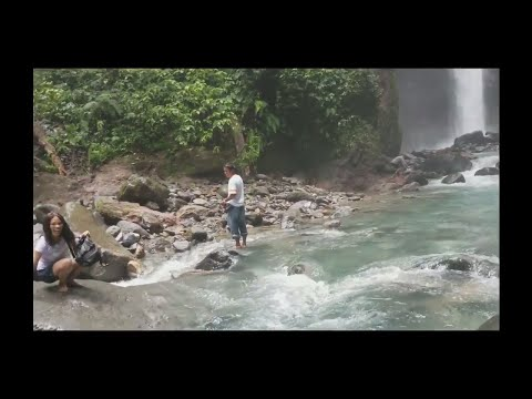 Today we take a trip to Casaroro Falls (350-step concrete steps to the river)