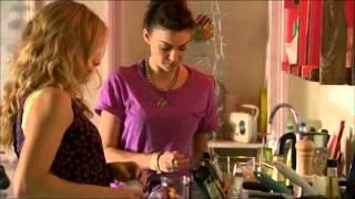 Tess/Lexy scenes [2x01 2x02 2x03]
