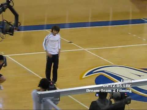 09.12.05 Minho dancing to Ring Ding Dong @ UBC
