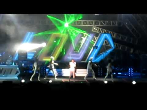 温岚 《热浪》 LOUD Festival Malaysia 闹哄哄音乐节