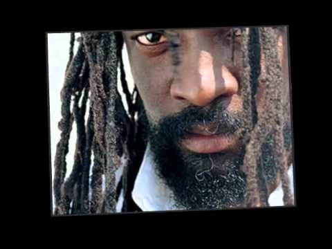 Baixar Lucky Dube Man In The Mirror