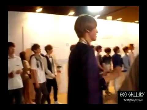 120810 [Fancam] SM.ART EXHIBITION EXO- ChanYeol