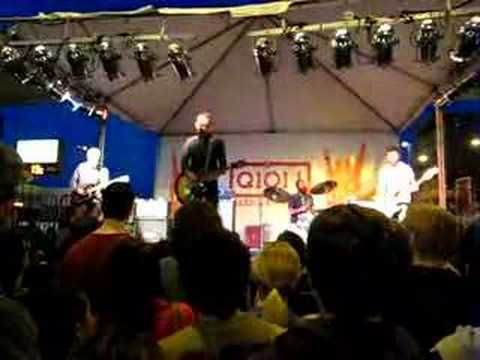 Ted Leo and the Pharmacists Mourning in America Chicago 6-1-08