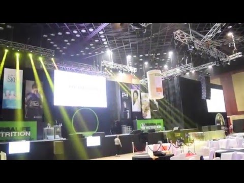 Flying FX Aerial Act Aum Event
