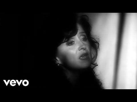 Bonnie Raitt - I Can't Make You Love Me