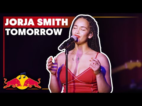 Jorja Smith - 'Tomorrow', live from London's Omeara | Red Bull Music