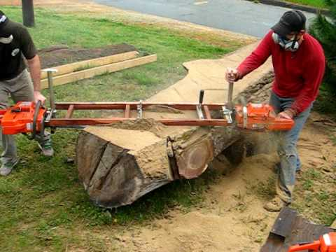 Slabcutting Tree Trunk For Handcrafted Furniture Youtube