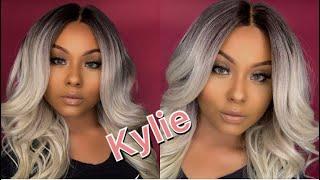 Kylie wig | Bobbi Boss | Divatress 💕