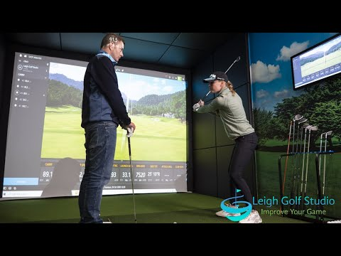 Perfect your swing all year round at Leigh Golf Studio