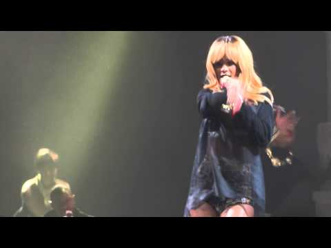 Baixar Rihanna - Pour It Up @ Antwerp, Sportpaleis - 05.06 - The Diamonds World Tour - FULL HD CONCERT