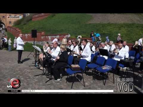 Koncert orkiestr dętych przy flisaku