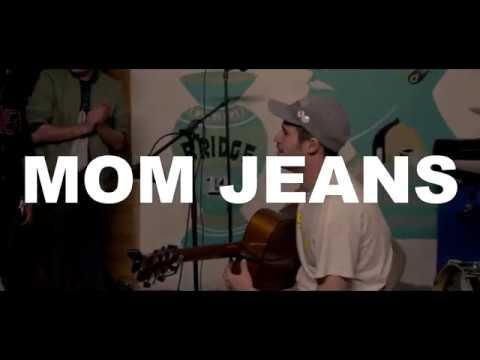 Mom Jeans Acoustic Set @ Bridgetown DIY in La Puente
