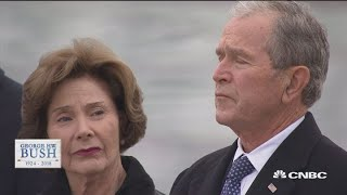 Watch as George HW Bush leaves The Capitol for the last time