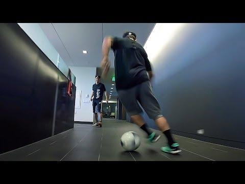 Ils jouent au foot dans les bureaux de GoPro