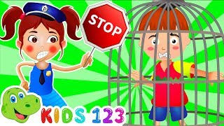 Baby Girl Police Stops Naughty Boy 💖 Pretend Play Cartoon for Kids