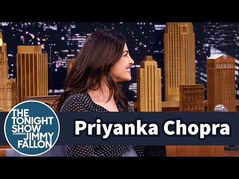 Priyanka Chopra Embodied the Dancing Emoji on the Emmy Red Carpet
