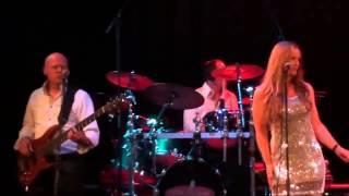 Bekijk video 5 van Six 2 Party op YouTube