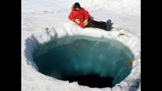 Giant Hole in Antarctica Remains Unexplained