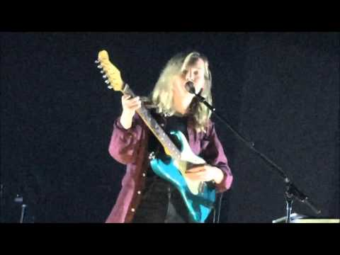 The Japanese House live in Vienna. Gasometer. 11.04.16