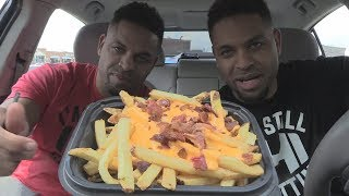 Eating Wendy's Baconator® Fries @hodgetwins