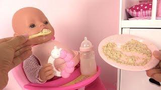 Routine du Matin Poupon Morning Routine Bébé Mange sa purée