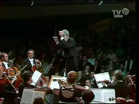 Berlioz: 'Symphonie Fantastique': 2nd Mvt.- Leonard Bernstein