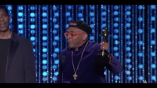 Spike Lee receives an Honorary Award at the 2015 Governors Awards