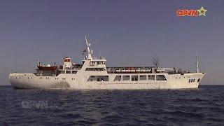 """""""Anh nuôi"""" trên tàu HQ 996 trong chuyến hải trình thăm Trường Sa"""