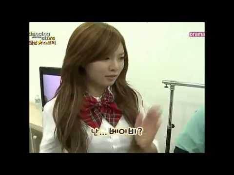 4Minute - HyunA Speaking English Compilation + Bonus.