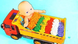 Funny story We Bathe Baby and Learn Colors  Kids Song Nursery Rhymes