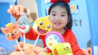 Boram Cobalah Mainan Permen Lollipop Surprise dan Permen Unik dan Lucu