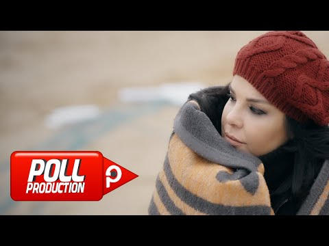 Elif Karlı - Efil Efil