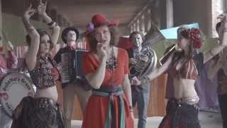 Aleksandar Kashtanov Orkestar - Bubamara Brass Band - Bubamara Brass Band - Povjetarac (official clip)
