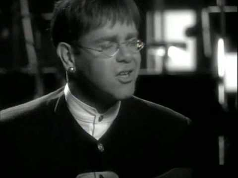 Baixar Elton John - Circle Of Life (High Quality)