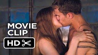 Divergent (2014) – Kate Winslet, Shailene Woodley (Sexy Scene)