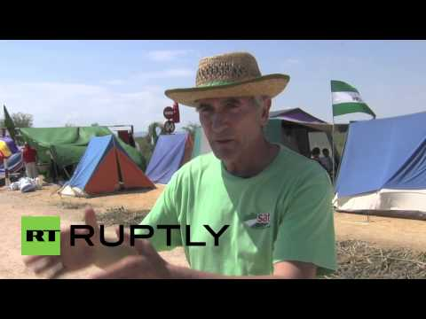 Spain: Protesters occupy Ministry of Defense farml