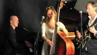 Bekijk video 1 van Trio Swelting op YouTube