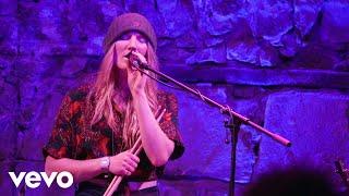 Wildwood Kin - Never Alone (Live at The Caves, Edinburgh, 2019)