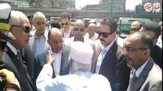 أخبار اليوم | وزير التنمية المحلية يوجه بعلاج مسن خلال جولته ...