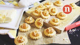 Nyonya Pineapple Tarts | Tat Nenas | 娘惹黄梨挞 [Nyonya Cooking]
