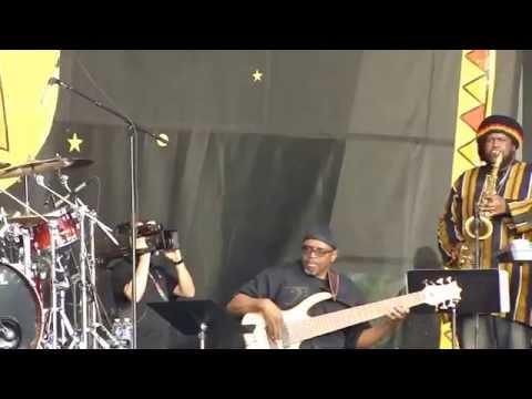 Chaka Khan's band jammin'- New Orleans @jazzfest - May 2nd 2014