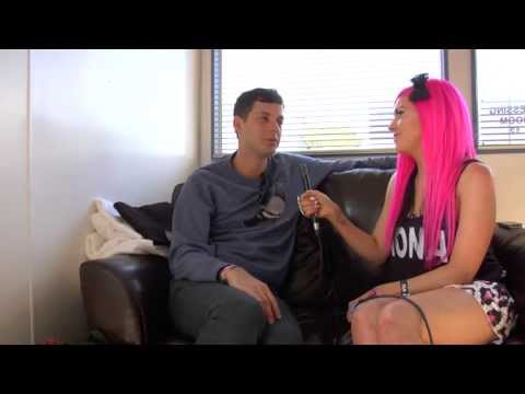 Mark Ronson interview at Parklife Weekender 2013 - YouTube
